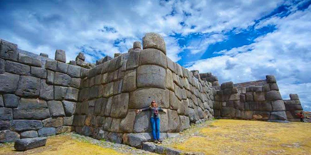 Tourist attractions around cusco